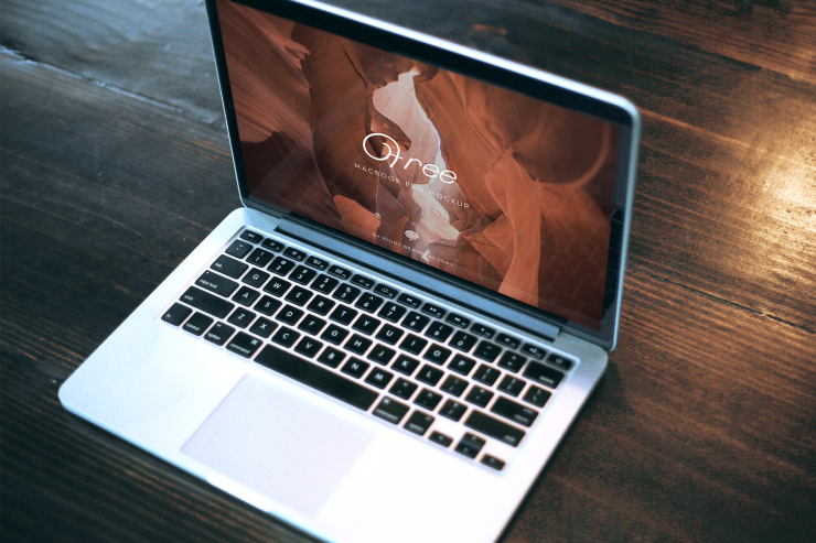 MacBook Pro Perspective View Mockup Free PSD