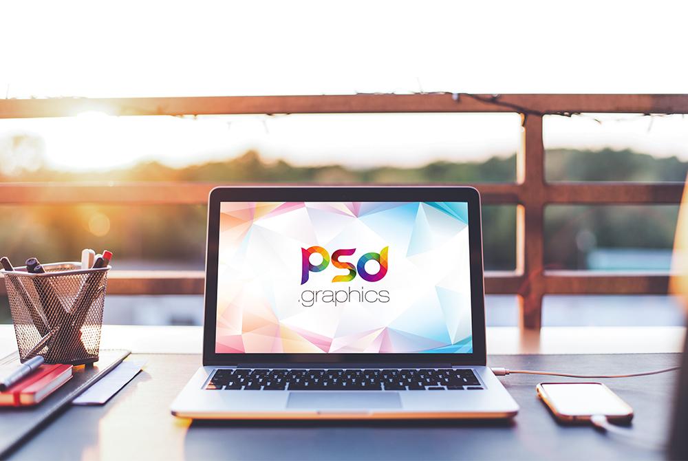 Macbook Pro Outdoor Mockup Free PSD